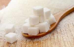 Сахар является важным продуктом для организма человека, но главное им не злоупотреблять