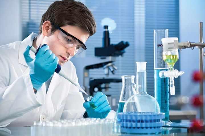 Исследование анализов в лаборатории